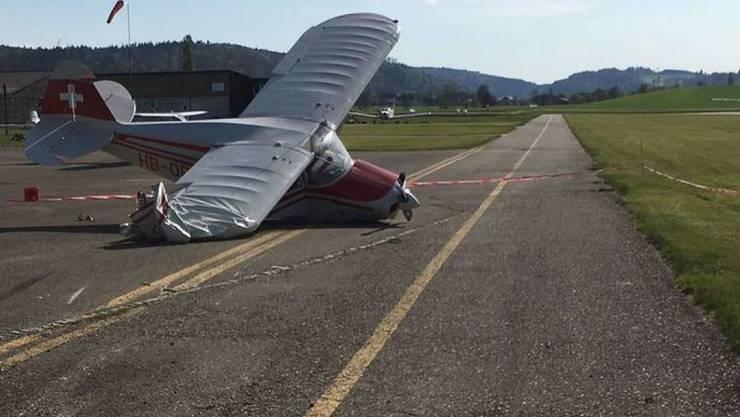 Auf dem Flugplatz Langenthal in Bleienbach BE stürzte am Montagnachmittag ein Kleinflugzeug beim Start ab. Der Passagier verletzte sich, der Pilot wurde zur Kontrolle ebenfalls ins Spital gebracht.