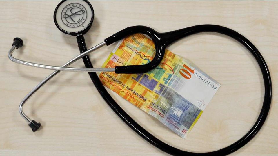 Krankenversicherte im Kanton Zug erhalten Geld zurück