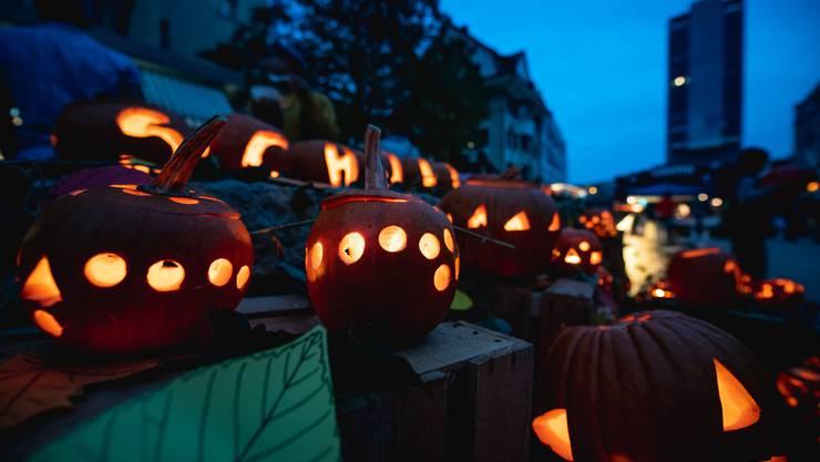 Die Chürbisnacht vom Freitag, 25. Oktober 2019, verspricht besonders schön zu werden. Auf dem Bild die letztjährige Chürbisnacht.