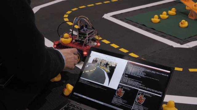 Kann künstliche Intelligenz bald Autos steuern?