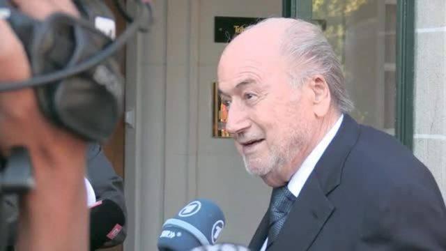 Blatter vor der Anhörung: «Ich glaube an mich und ich glaube an Gott.»