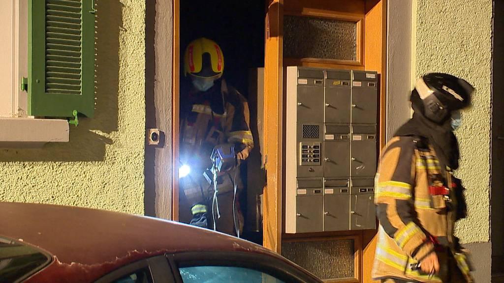 Kellerbrand in Arbon (TG): Fünf Personen mit Verdacht auf Rauchgasvergiftung ins Spital gebracht