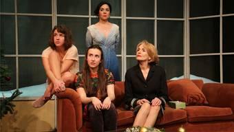 Tempo, Sprachwitz und Klamauk: Mia Lüscher, Sandra Schaub, Nina Bradlin und Kristina Nel (von links nach rechts).