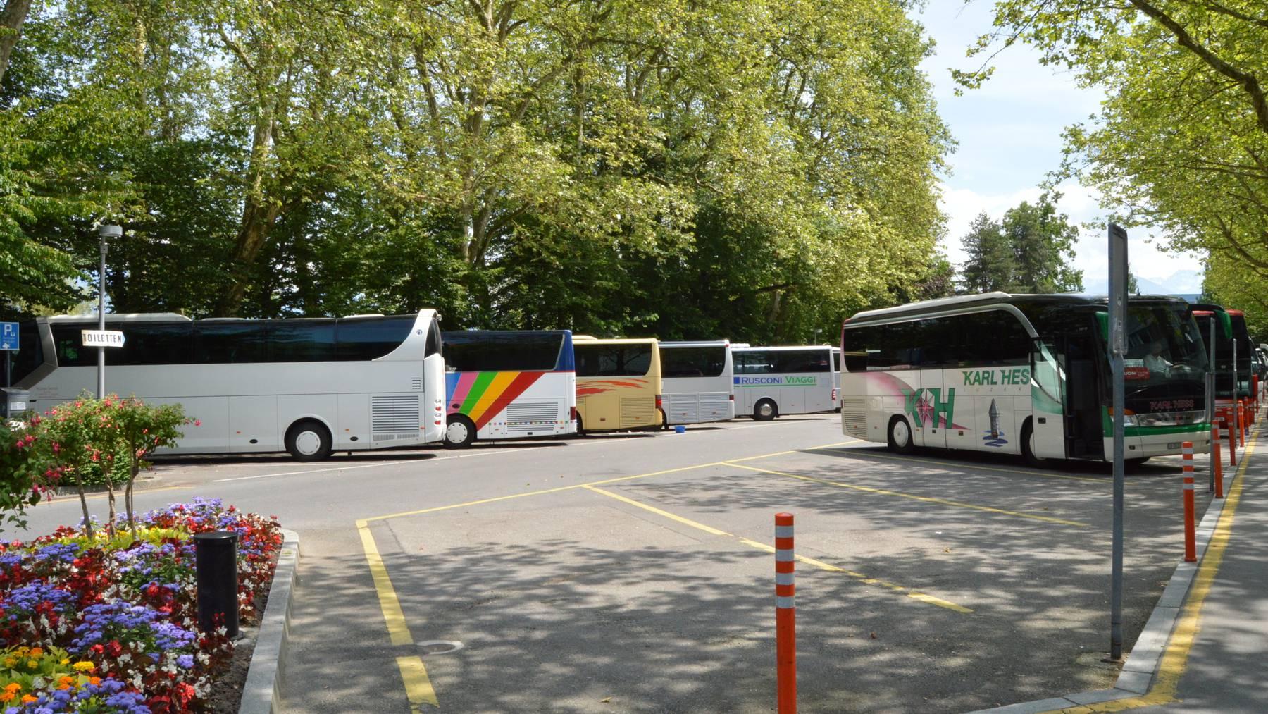 Wohin mit den Reisecars in der Stadt Luzern?
