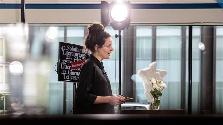 Reina Gehrig eröffnet die 42. Solothurner Literaturtage mit einem Onlineauftritt