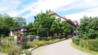 Die Vollzugsplätze im Klosterfiechten auf dem Bruderholz sollen mittels einer Sanierung von 22 auf 25 erhöht werden. (Archivbild)