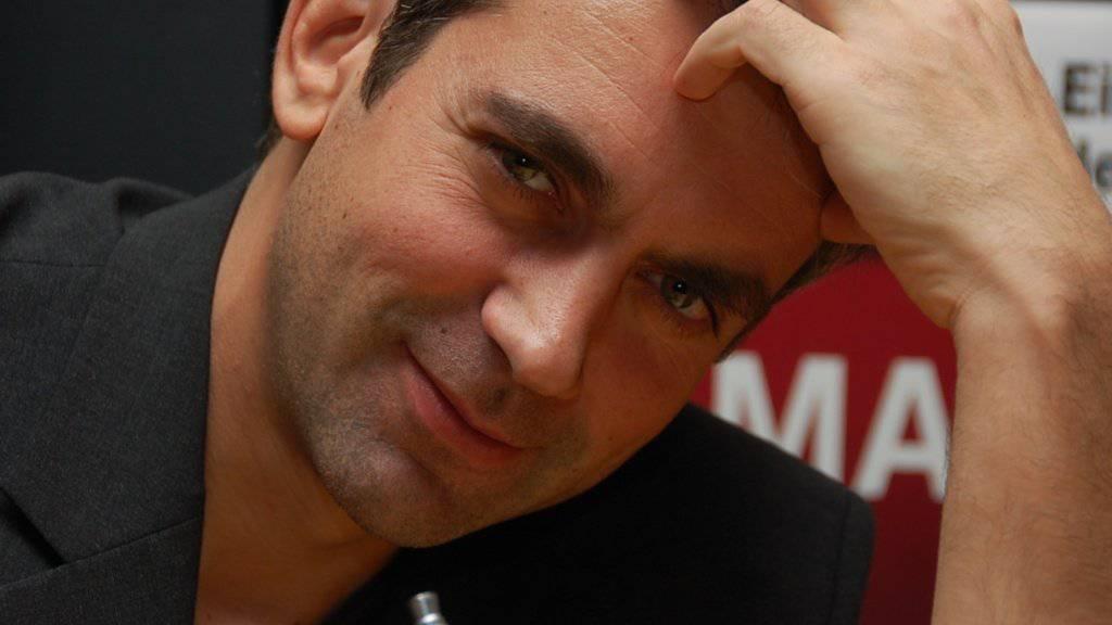 Sicher ist sicher: Der in Berlin lebende Autor Wladimir Kaminer will derzeit nicht in seine Heimat Russland reisen - Regimekritiker wie er leben dort gefährlich. (Pressebild/A. Walther)