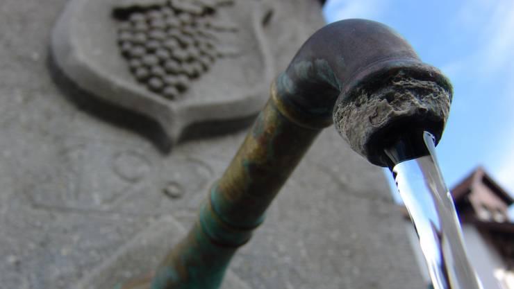Für einen verbandseigenen Brunnenmeister hat der Gemeinderat Weiningen einen jährlichen Kredit von maximal knapp 147470 Franken zu Lasten der Gruppenwasserversorgung genehmigt. (Symbolbild)