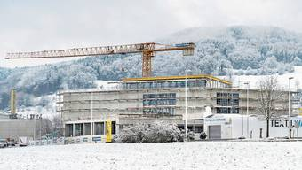 Das Kulturzentrum «Tulipan» im Reinacher Gebiet Industrie Moos gut sechs Monate nach dem Baustart.