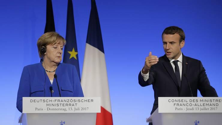 Frankreich engagiert sich in Afrika militärisch. Für Merkel und Deutschland ist das keine Option.