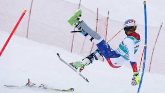 Ähnlich wie Marc Gini hier im Slalom vor einem Jahr stellten sich die Schweizer auch an diesem Wochenende im Riesenslalom von Adelboden an.