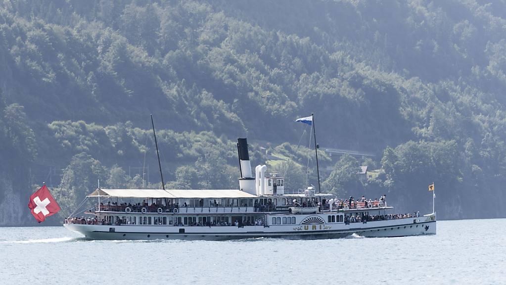 Die Luzerner Tavolago, die auch auf dem Dampfschiff Uri wirtet, entlässt zwei Dutzend Personen. (Archivaufnahme)
