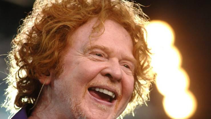 """Abwegig ist das nicht: Mick Hucknall, Sänger der britischen Band Simply Red, nennt seinen Kollegen Ed Sheeran """"Sohnemann"""". (Archivbild)"""