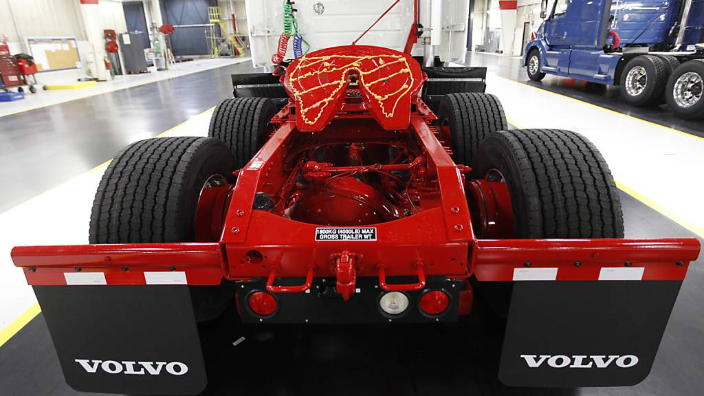 Lkw-Hersteller Volvo AB verzeichnet herben Auftragseinbruch