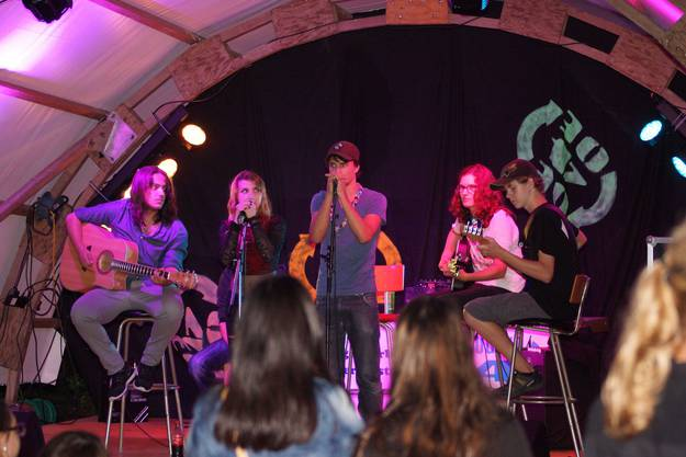 Konzert der Band The Flashback am Weinfest in Oberengstringen