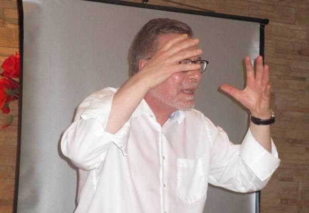 Alt Regierungsrat Markus Notter während seinem lebhaft vorgetragenen Referat