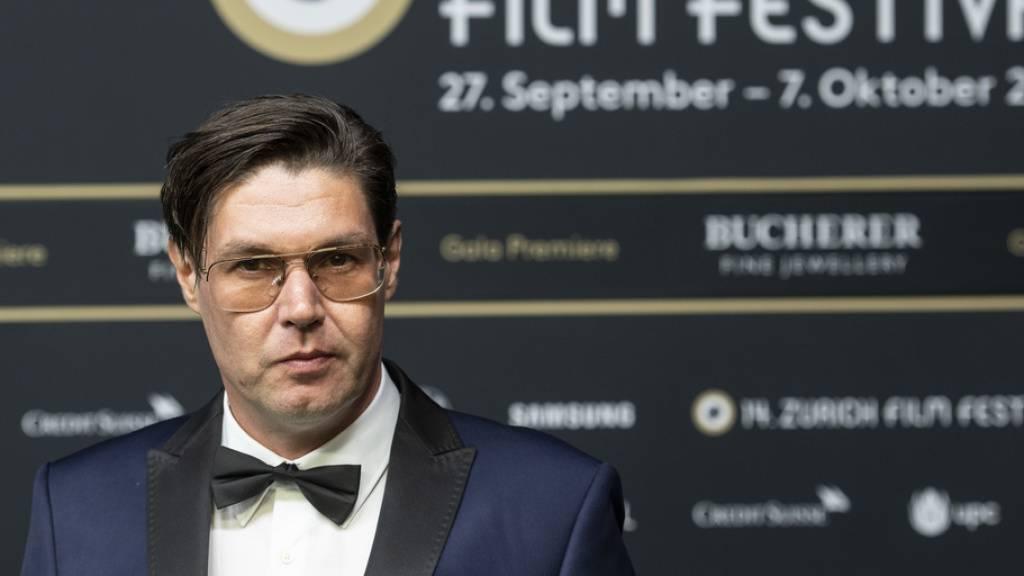Neuer Film: Mit «Switzerlanders» hat «Wolkenbruch»-Regisseur Michael Steiner den waschechten Schweizer Alltag in einen Kinofilm verwandelt.