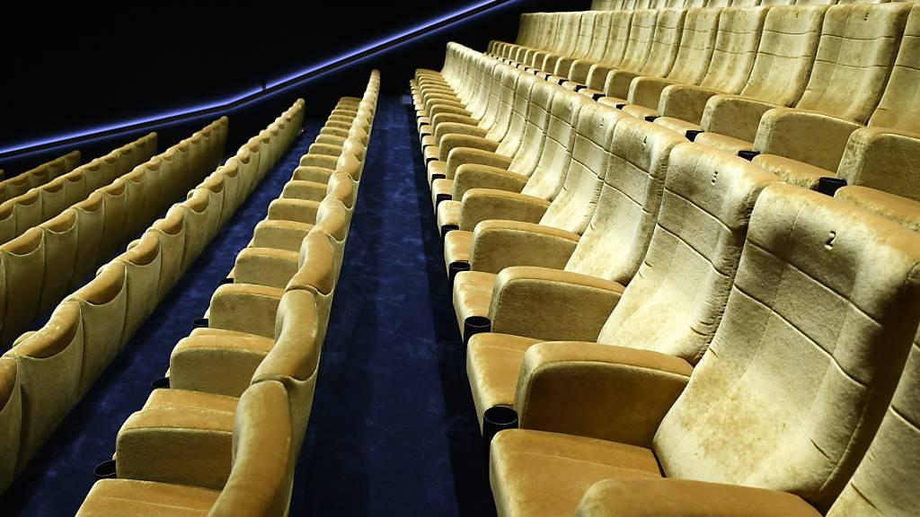 Für den Kino-Besuch keine Energie mehr nach dem Feierabend - so geht es der Mehrheit der Staatsangestellten (Symbolbild aus dem Kulturhaus KOSMOS in Zürich).