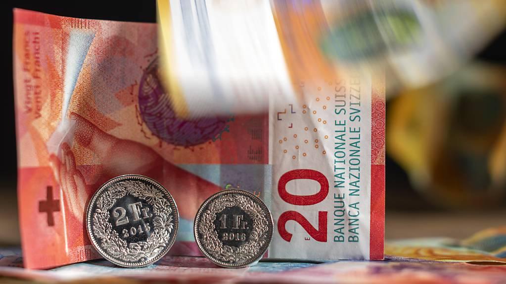 Das Leben in der Schweiz wird wieder teurer. (Symbolbild)