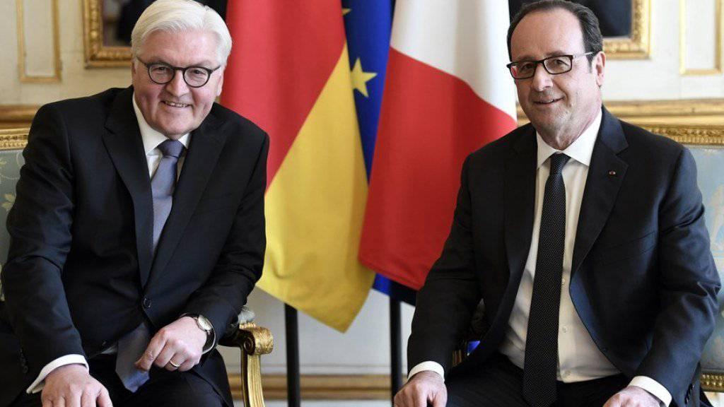 François Hollande (r) und Frank-Walter Steinmeier am Donnerstag im Elysée-Palast in Paris.