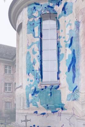 Die Risse und Holstellen in der Fassade wurden kartografiert