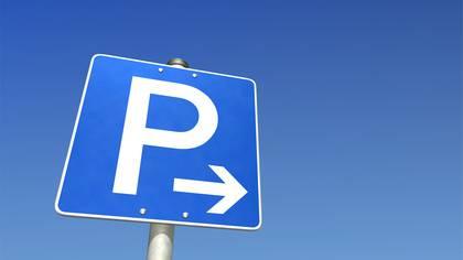 Obwalden überprüft Parkplatzbewirtschaftung