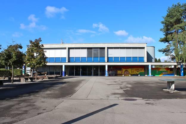Oberstufenschulhaus Hunzenschwil.JPG