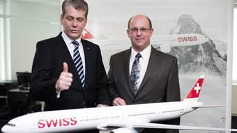 Swiss-Chef- Harry Hohmeister (l.) und Boeing-Manager Bob Whittington
