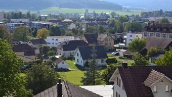 Blick auf Wohlen: In der grössten Freiämter Gemeinde wird heftig über eine Steuererhöhung diskutiert.sl