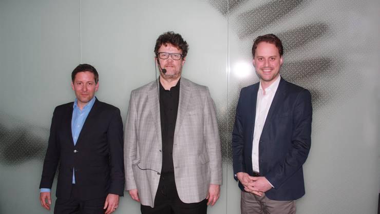 Die drei Referenten (v li) Christian Beyeler, Reinhard Riedl und Alex Nanzer berichteten über die Veränderungen für Energieversorger aber auch die Kunden, welche die Energy Cloud mit sich bringen wird.