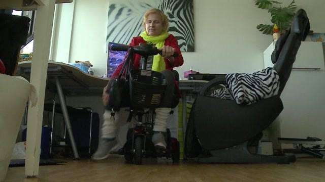 Gehbehinderte IV-Rentnerin beklaut