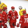 Die Lausanner Spieler können doppelt jubeln: Dank dem Sieg gegen Bern sind sie zum ersten Mal seit einem Monat wieder Leader in der National League