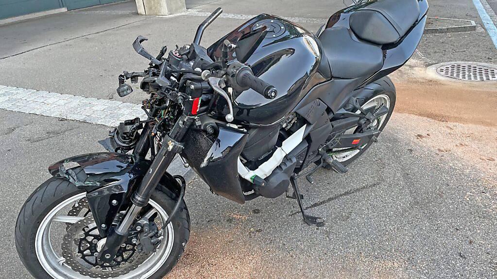 Bei einem Selbstunfall mit einem Motorrad wurde in Kreuzlingen ein 34-Jähriger verletzt.