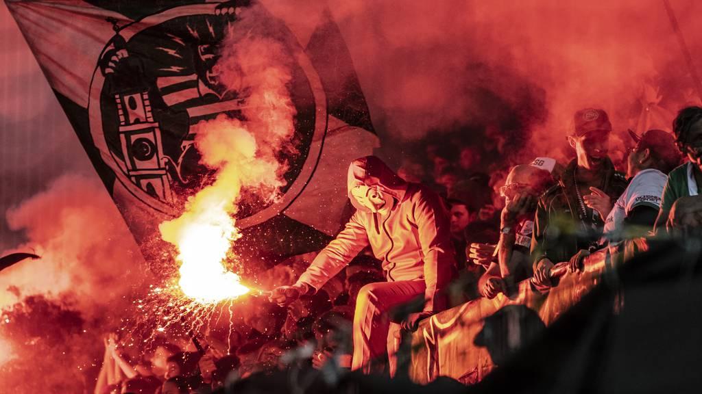 Wegen Pyros: Choreo-Verbot und mehr Polizei gegen Thun