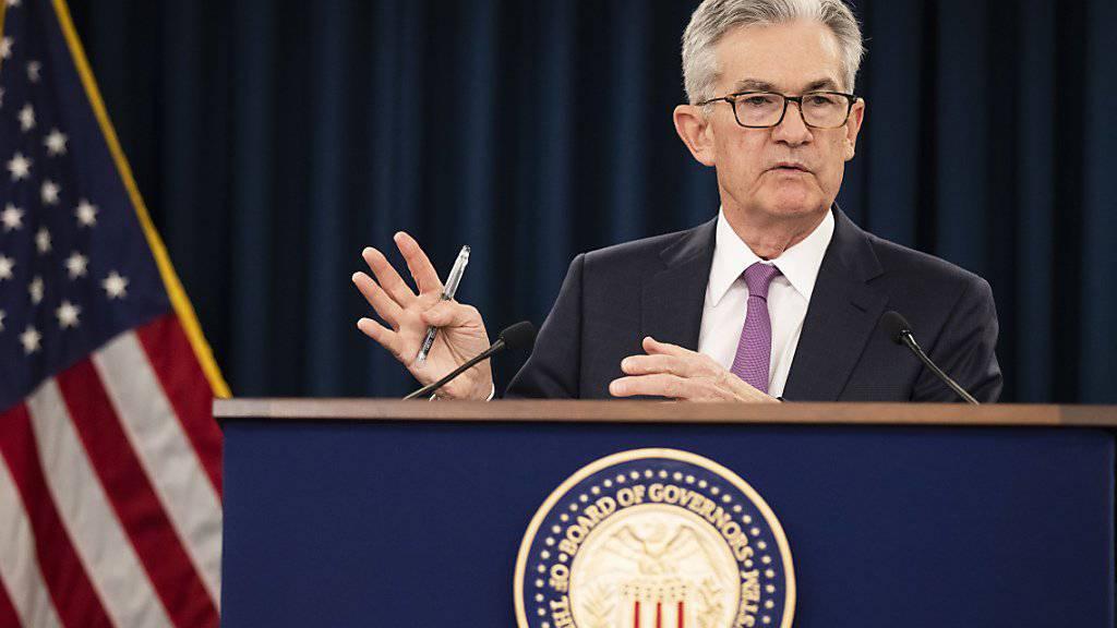 US-Notenbankchef Jerome Powell ist es am Mittwoch (Ortszeit) geglückt, die Märkte auf eine Zinssenkung in den USA vorzubereiten - ohne, dass es nach Handlungsdruck von der Politik aussieht.