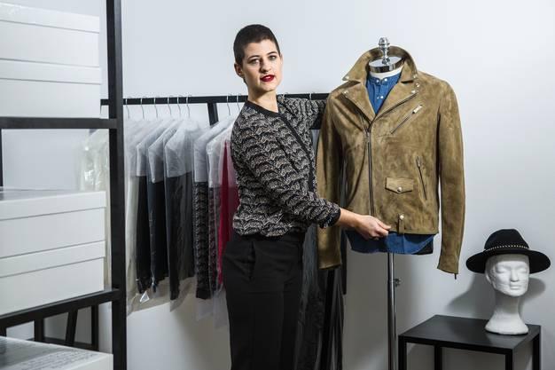 Am Samstag ist Eröffnung: Journalistin Tanja Bernold verkauft hier Kleider und Schuhe. Und sie will zu einem Treffpunkt in der Rathausgasse werden.