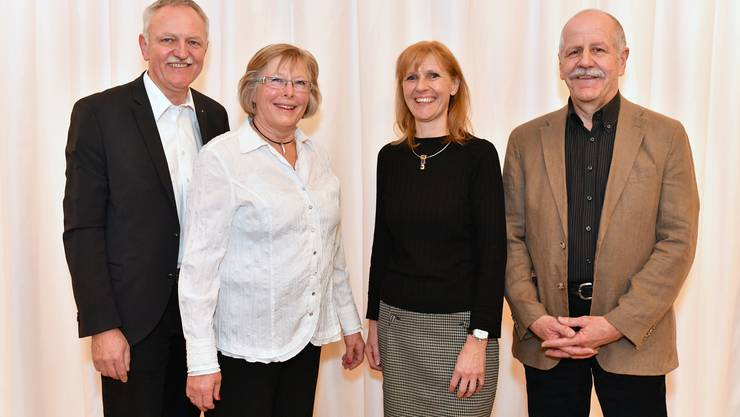 Toni Zaugg und Alice Kling (links) übergeben Präsidium und Museumsleitung an Madeleine Kuhn und Martin Planzer (rechts).