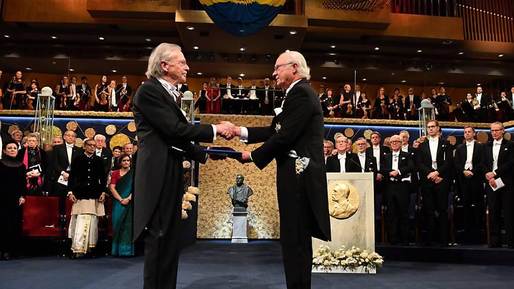 Umstrittener Schriftsteller Peter Handke erhält Literaturnobelpreis