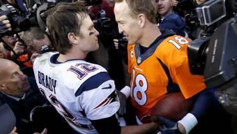 Die beiden Quarterbacks Tom Brady und Peyton Manning messen sich neu auf dem Golfplatz