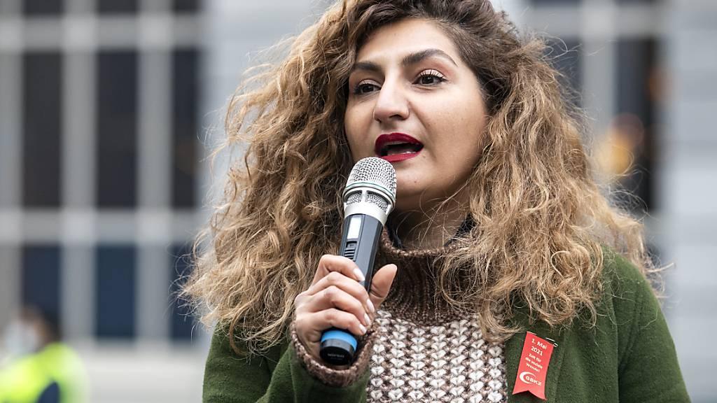 Die Immunitätskommission des Nationalrats will nicht, dass Nationalrätin Sibel Arslan (Grüne/BS) für ihre Teilnahme an einer unbewilligten Demonstration juristisch belangt wird. (Archivbild)
