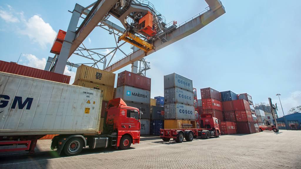 Schweizer Wirtschaft spart dank Freihandelsabkommen Milliarden