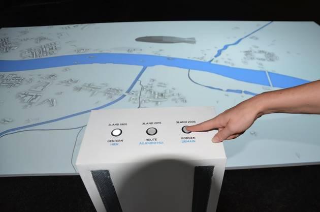 Auf dieser interaktiven Karte können Besucher durch die Zeit reisen.