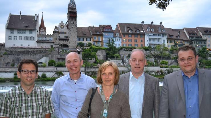 Der neu gewählte Stefan Hausherr (rechts) mit den vier Finanzkommissionsmitgliedern der Ortsbürgergemeinde (von links): Thomas Keusch, Präsident Patrick Nauer, Priska Schindler und Erwin Kummer. sl