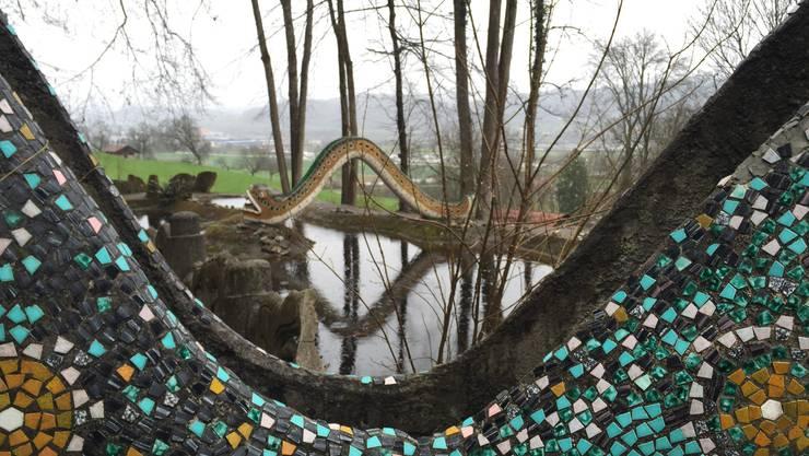 So schön ist die Märchenlandschaft oberhalb Dietikon - doch zwischen der Stiftung und dem Verein «Freunde Bruno-Weber-Park» herrscht Streit.