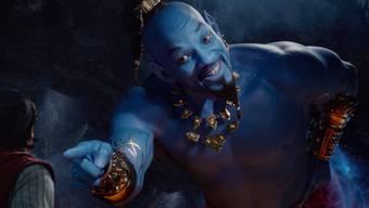 """Für Will Smith als Flaschengeist in der Märchenverfilmung """"Aladdin"""" sind am Wochenende in der Romandie und im Tessin am meisten Filmfans ins Kino gegangen. In der Deutschschweiz lag der Film auf Platz Zwei hinter Keanu Reeves als Actionheld """"John Wick""""."""