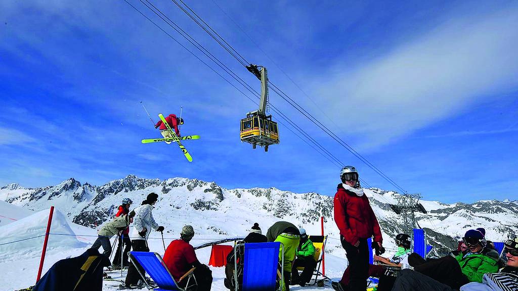 Freizeittipp: FREERIDE Rennen KING OF THE MOUNTAIN 2013 und Frühlingsskifahren