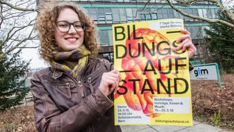 «Wir beerdigen die Bildung symbolisch mit Trauerkranz und Grabstein»: Anna Holm vom Gymnasium Muttenz arbeitet am «Bildungsaufstand» .