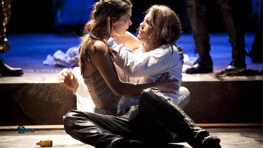 Archivbild:  «Romeo und Julia» auf der grossen Bühne des Theaters St. Gallen, 2009.