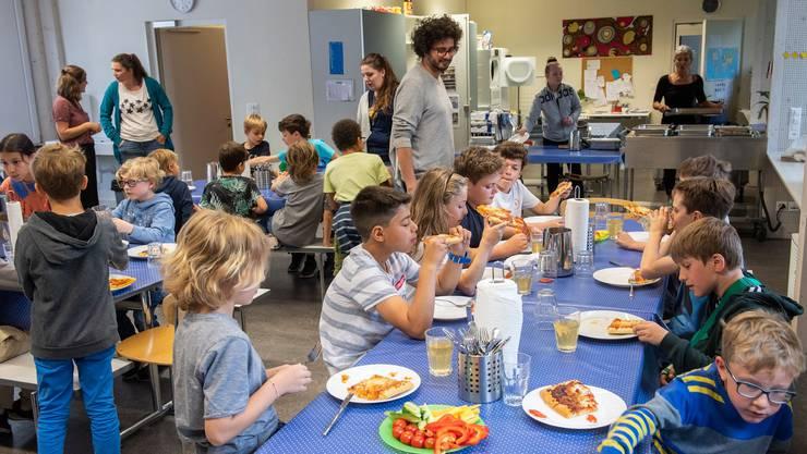 Die Stadt Baden kennt die Tagesschule bereits, in Aarau ist sie in Diskussion.