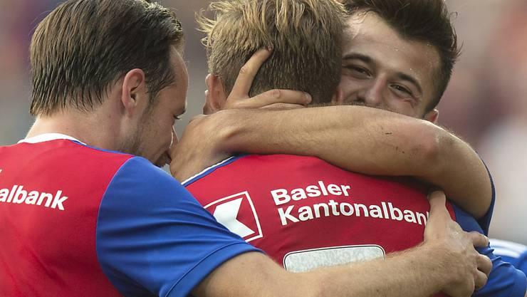 So soll es nach dem Geschmack der FCB-Fans wieder aussehen: Luca Zuffi, Silvan Widmer, Albian Ajeti (von links)